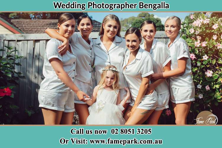 Photo of the Bride and the bridesmaids with the flower girl Bengalla NSW 2333