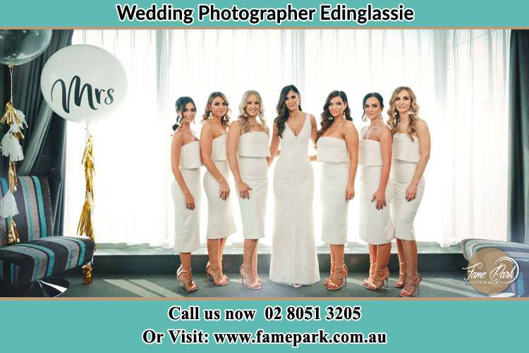 Photo of the Bride and the bridesmaids Edinglassie NSW 2333