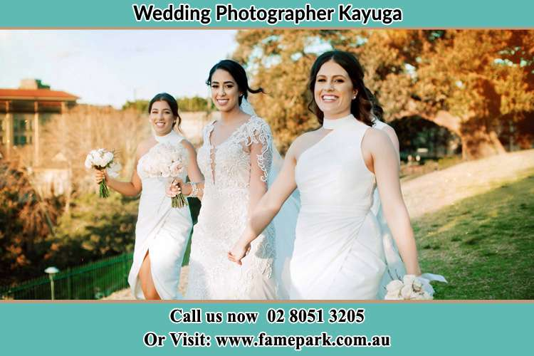 Photo of the Bride and the bridesmaids walking Kayuga NSW 2333